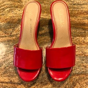 Splendid Shoes - Splendid red patent leather wedges